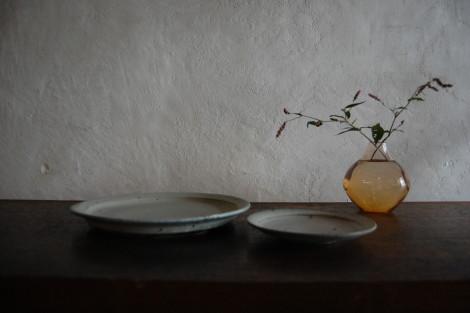 灰白リム皿③